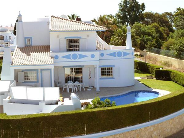Luxury holiday house for 8 persons, with swimming pool , in Castelo - Image 1 - Patroves - rentals