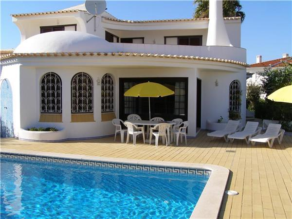 Attractive holiday house for 6 persons, with swimming pool , in Castelo - Image 1 - Patroves - rentals