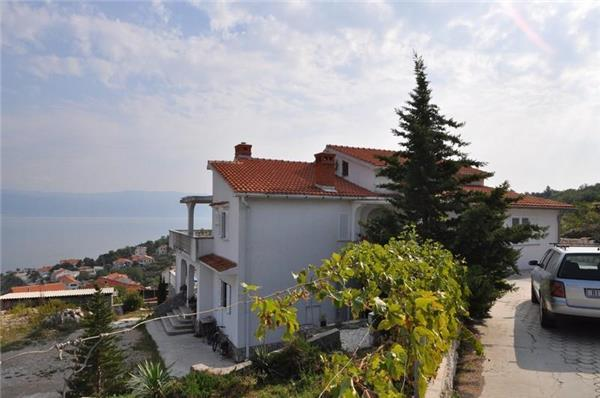 Apartment for 3 persons in Krk - Image 1 - Vrbnik - rentals