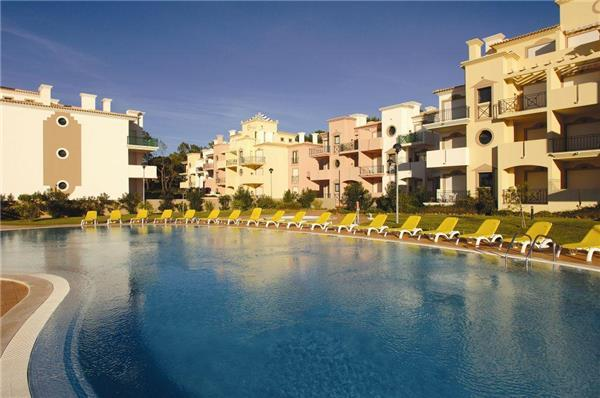 Apartment for 4 persons, with swimming pool , in Vilamoura - Image 1 - Vilamoura - rentals