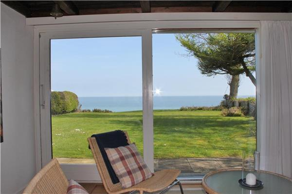 Holiday house for 6 persons near the beach in North-eastern Funen - Image 1 - Nyborg - rentals