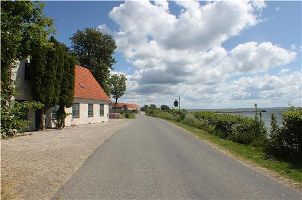 Newly renovated holiday house for 12 persons near the beach in Southern Funen - Image 1 - Svendborg - rentals