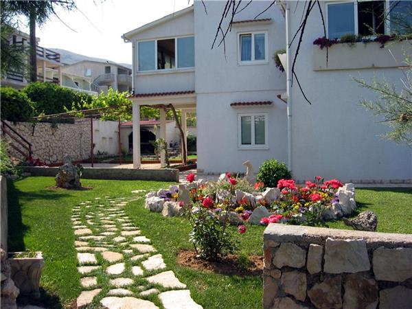 Apartment for 3 persons near the beach in Pag - Image 1 - Pag - rentals