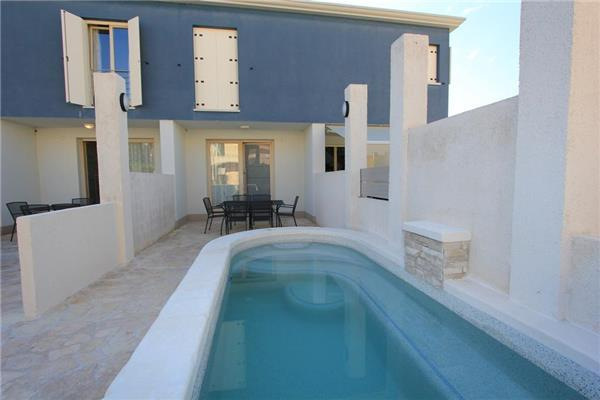 Holiday house for 6 persons, with swimming pool , near the beach in Banjole - Image 1 - Banjole - rentals
