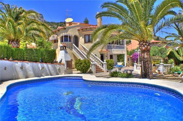 Attractive holiday house for 8 persons, with swimming pool , in Calpe - Image 1 - Calpe - rentals