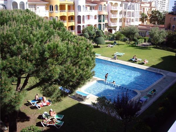 Apartment for 6 persons, with swimming pool , near the beach in Empuriabrava - Image 1 - Empuriabrava - rentals