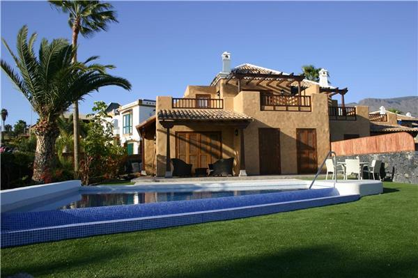 Luxury holiday house for 6 persons, with swimming pool , in Adeje - Image 1 - Costa Adeje - rentals