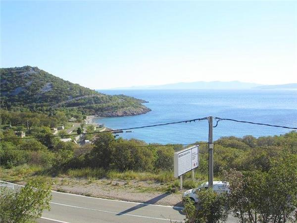 Apartment for 8 persons near the beach in Senj - Image 1 - Klenovica - rentals