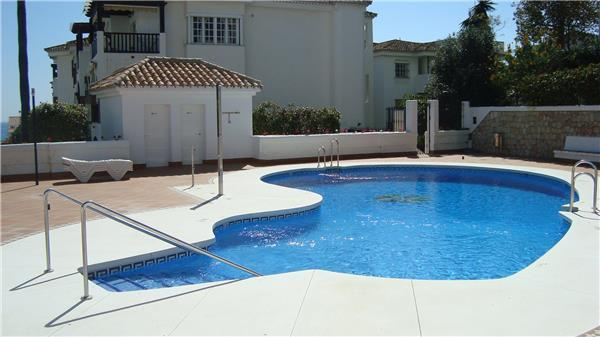 Apartment for 5 persons, with swimming pool , near the beach in Benalmadena - Image 1 - Arroyo de la Miel - rentals