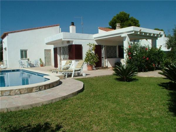 Attractive holiday house for 7 persons, with swimming pool , near the beach in L'Ametlla de Mar - Image 1 - L'Ametlla de Mar - rentals