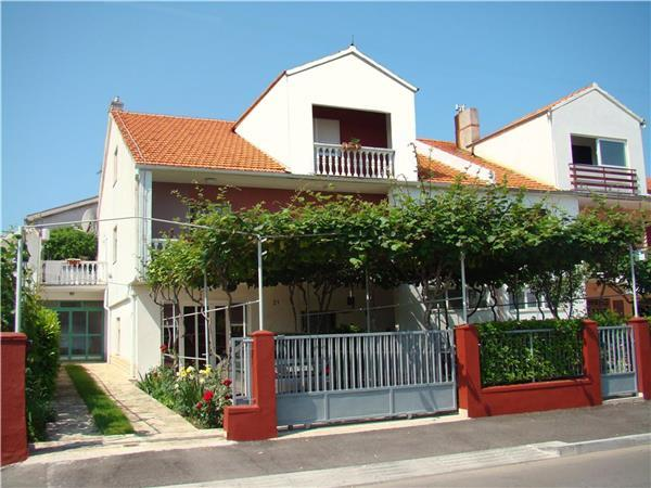 Apartment for 2 persons near the beach in Zadar - Image 1 - Zadar - rentals