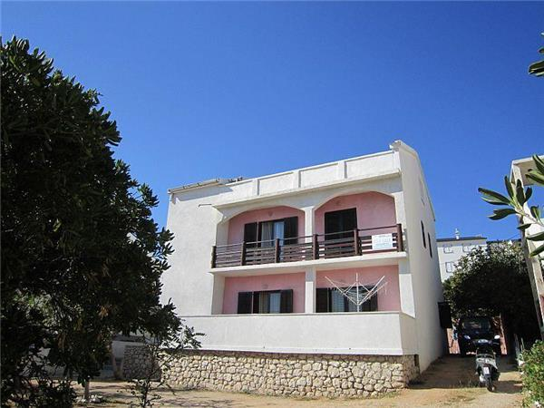 Apartment for 4 persons near the beach in Pag - Image 1 - Pag - rentals