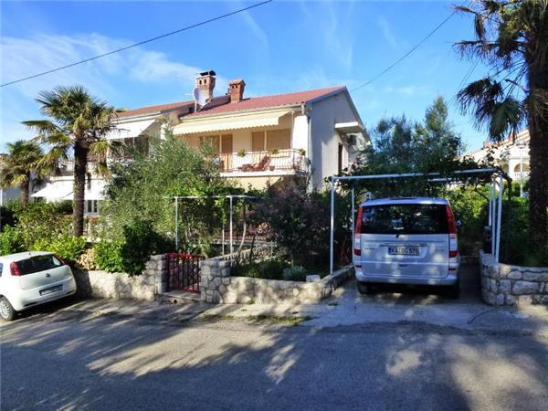 Apartment for 6 persons in Krk - Image 1 - Njivice - rentals