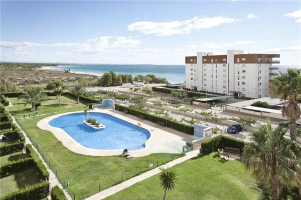 Apartment for 6 persons, with swimming pool , near the beach in Miami Playa - Image 1 - Miami Platja - rentals