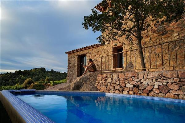 Holiday house for 10 persons, with swimming pool , in Tarragona - Image 1 - Falset - rentals