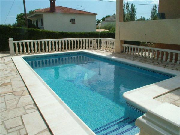Holiday house for 10 persons, with swimming pool , in L'Ametlla de Mar - Image 1 - L'Ametlla de Mar - rentals