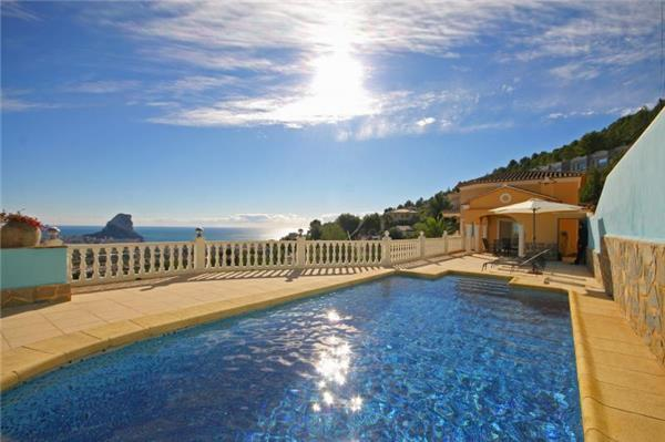 Attractive holiday house for 6 persons, with swimming pool , in Calpe - Image 1 - Calpe - rentals