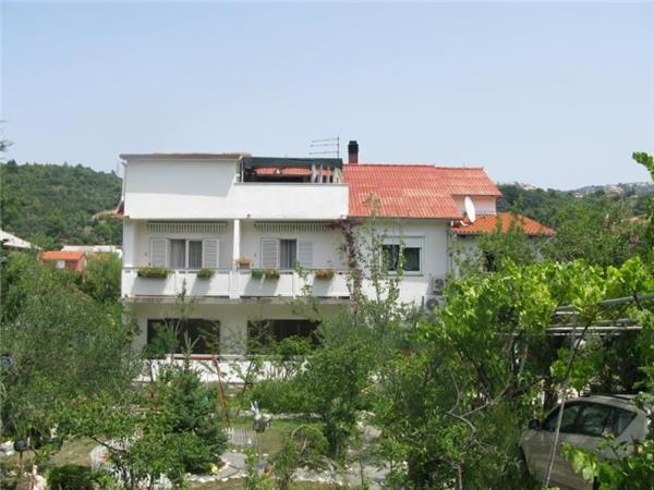 Apartment for 7 persons in Rab - Image 1 - Palit - rentals