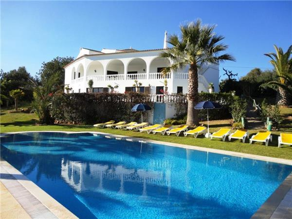Attractive holiday house for 20 persons, with swimming pool , in Alcantarilha - Image 1 - Silves - rentals