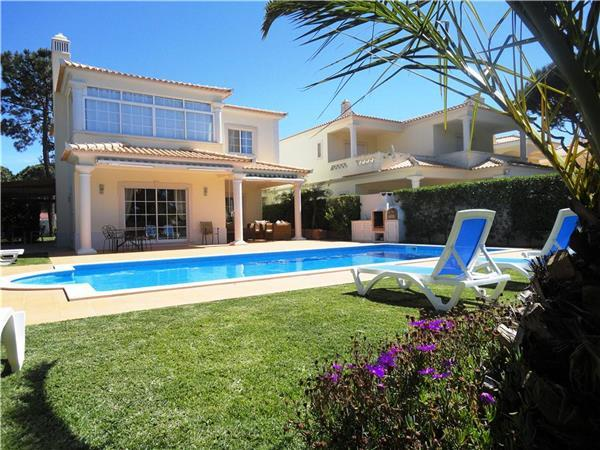 Holiday house for 8 persons, with swimming pool , in Vilamoura - Image 1 - Vilamoura - rentals
