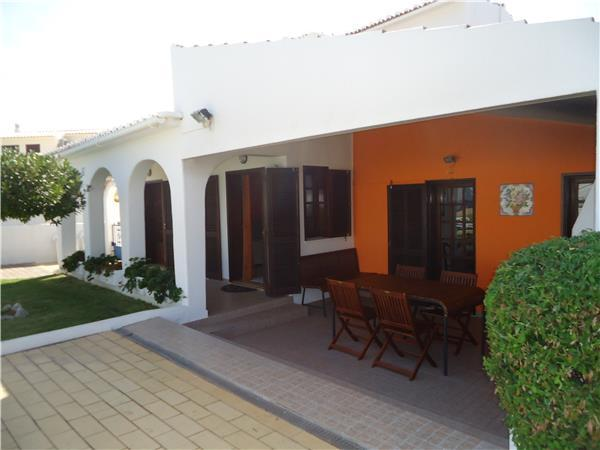 Holiday house for 6 persons, with swimming pool , in Galé - Image 1 - Albufeira - rentals