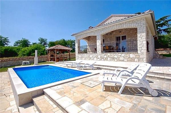 Newly built holiday house for 8 persons, with swimming pool , in Porec - Image 1 - Kastelir - rentals