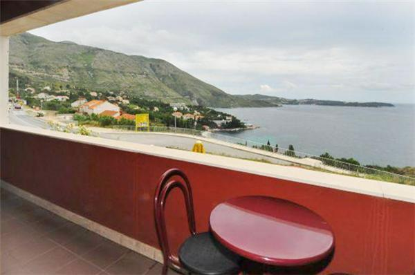 Apartment for 4 persons in Dubrovnik - Image 1 - Mlini - rentals