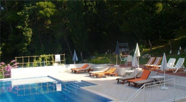 Apartment for 5 persons, with swimming pool , near the beach in Dubrovnik - Image 1 - Mlini - rentals