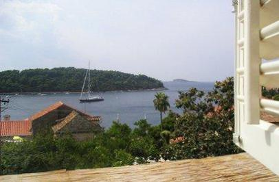 Renovated holiday house for 6 persons near the beach in Dubrovnik - Image 1 - Cavtat - rentals
