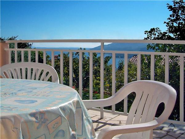 Apartment for 3 persons in Rabac - Image 1 - Rabac - rentals