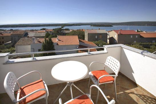 Apartment for 6 persons in Krk - Image 1 - Punat - rentals