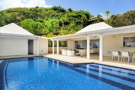 Hillside Bel Ombre on one-level with rooms opening onto infinity pool terrrace & views - Image 1 - Marigot - rentals