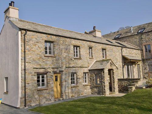THE OLD FARMHOUSE, Nr Kendal, Windermere - Image 1 - Kendal - rentals