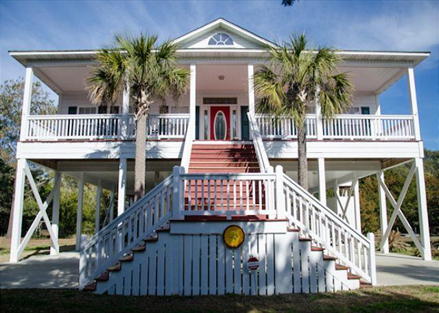 Sew Relaxing - Well Appointed and Maintained Beach Walk Home - Image 1 - Edisto Beach - rentals