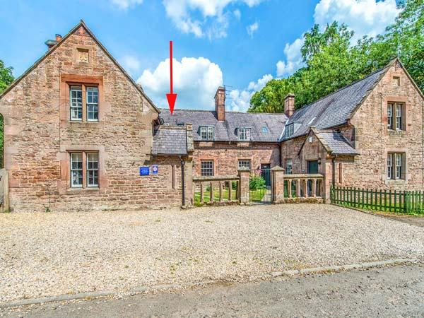 GAMEKEEPER'S COTTAGE, stone cottage with woodburner, near stream and castle, in Chillingham near Chatton Ref 23042 - Image 1 - Chatton - rentals
