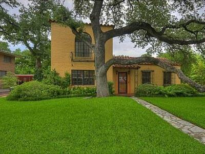 Front - Downtown Austin  Spanish Home-heart of Clarksville - Austin - rentals