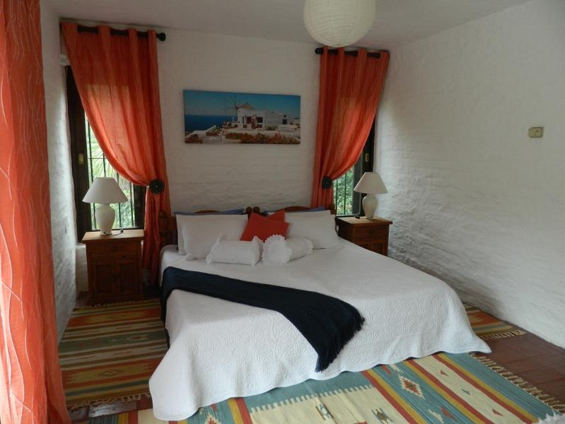 Upstairs, with balcony and bathroom on suite with jacuzzi bath - Bed & Breakfast Playa Mansa (1) - Punta del Este - rentals