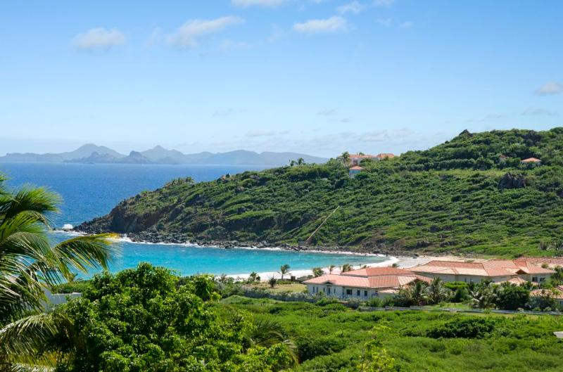 Saturn... 5BR, Guana Bay, St Maarten 800 480 8555 - SATURN... directly on Guana Bay Beach, St Maarten - Guana Bay - rentals