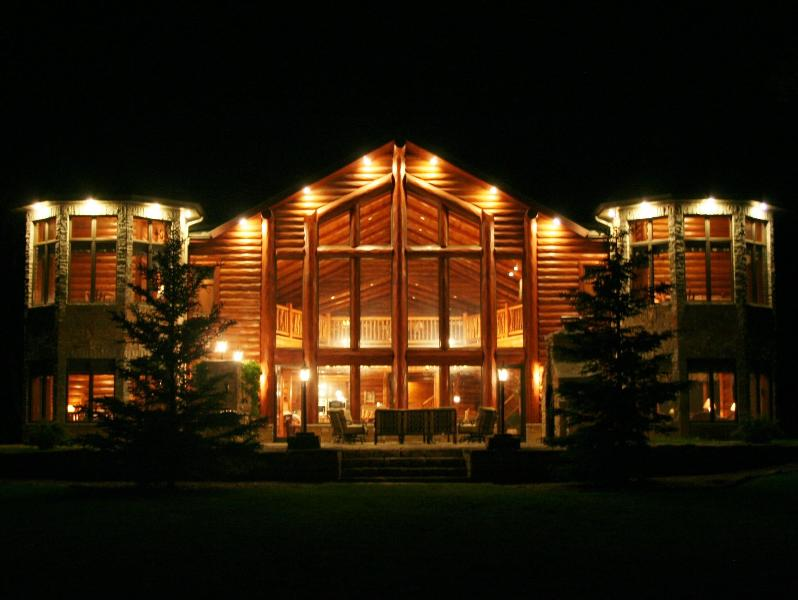 Exterior - Top 10 Homes on World's Largest Chain! - Eagle River - rentals