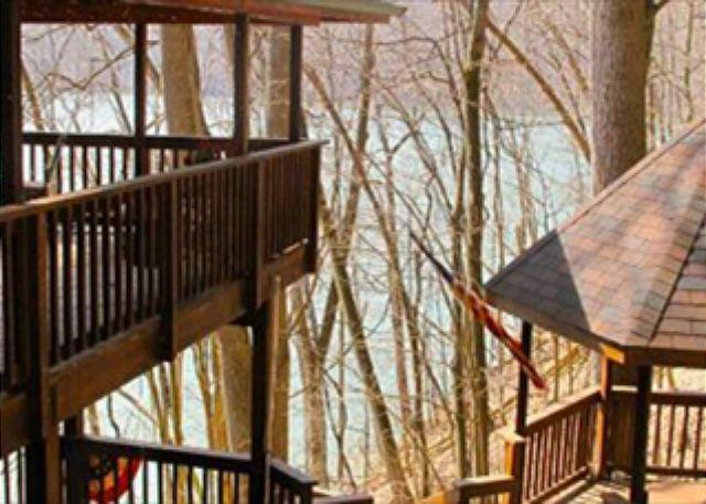 Lake House at the Yough-Located directly on the Yough Lake! Private & Serene! - Image 1 - Confluence - rentals