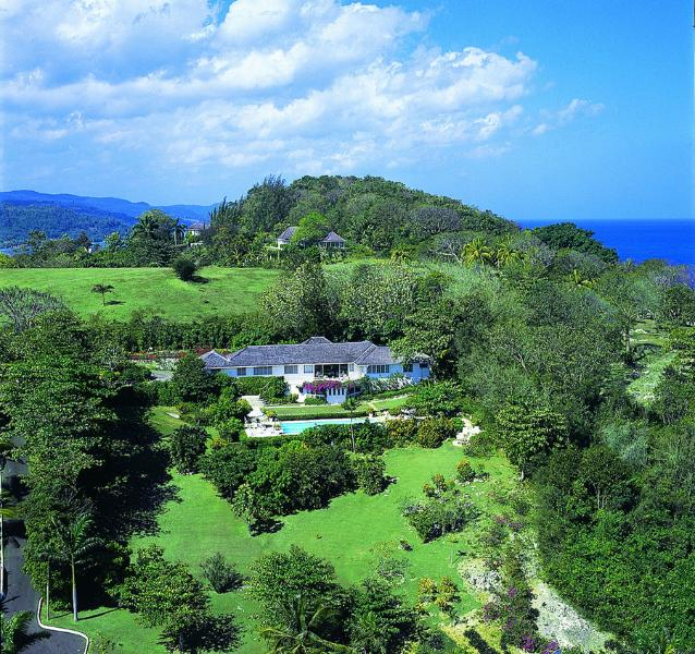 Spectacular 4 Bedroom Villa with View of the Caribbean Sea in Montego Bay - Image 1 - Montego Bay - rentals