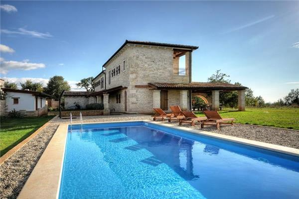 Newly built holiday house for 10 persons, with swimming pool , in Central Istria - Image 1 - Sveti Lovrec - rentals