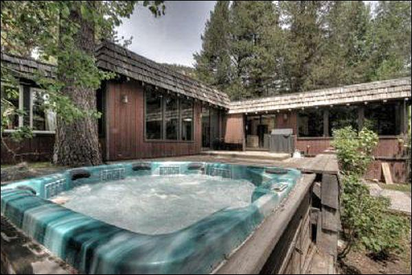 Impressive Eight Person Hot Tub - Completely Remodeled Private Home - Five Minutes to Resort at Squaw Creek (1610) - Lake Tahoe - rentals