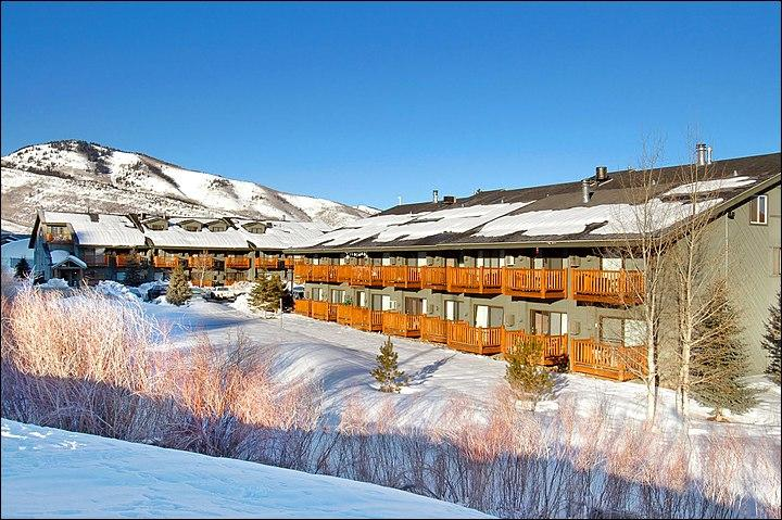 The Prospector Accommodations are Less Than a Mile From Main Street - Beautiful Mountain Scenery - Great Amenities (24888) - Park City - rentals