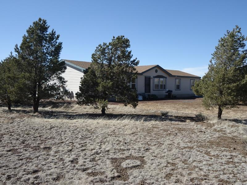 Front of home looking Northwest - Grand Canyon Area Vacation Rental #2, Williams, AZ - Williams - rentals