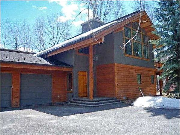 Located Near the Big Wood River - Located in a Quiet Neighborhood - Surrounded by Aspens and Evergreens (1163) - Ketchum - rentals