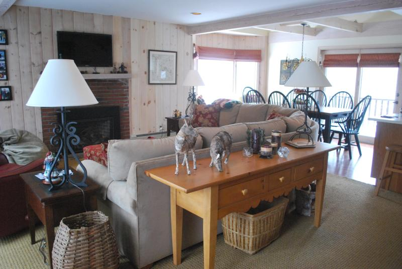 3rd floor great room with balconies - Luxury 5 bedroom, 3 bath, 4 story condo - Carrabassett Valley - rentals