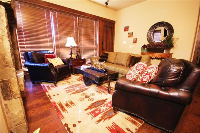 Juniper Landing 101: Luxury vacation lodging at Vail's, Canyons Ski Resort.  Walk to the gondola - Image 1 - Park City - rentals