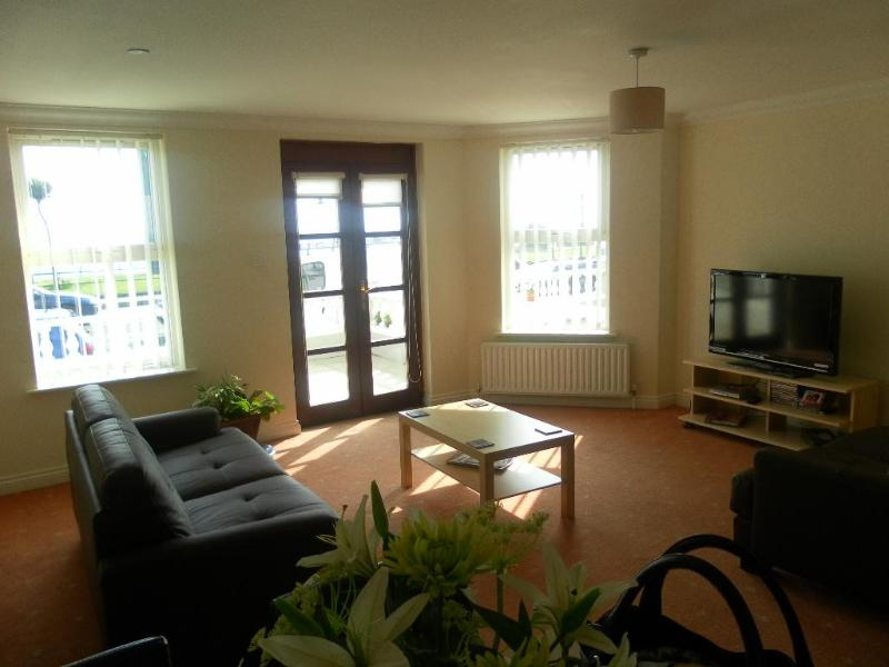 INTERIOR - Sea Front Apartmentment, Queens Promenade Douglas  4 Star - Douglas - rentals