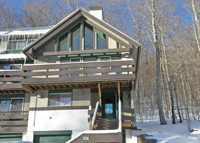 Outside - Coolidge Falls 22A - Professionally Managed by Loon Reservation Service - Lincoln - rentals